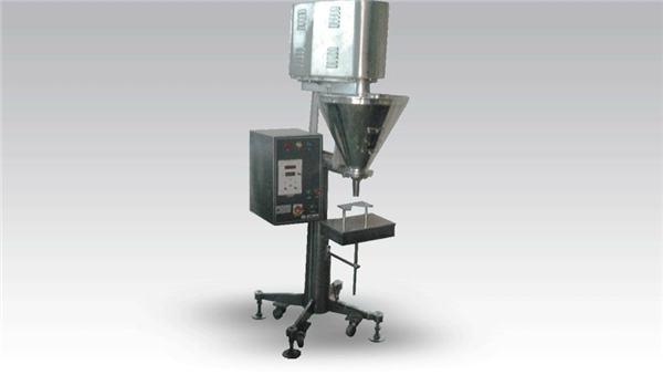 Рачна машина за пополнување на прав со големи дози